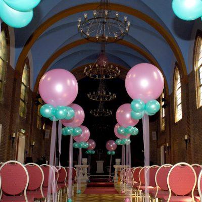 Ballondecoratie - Luxe gronddecoratie met meterballonnen