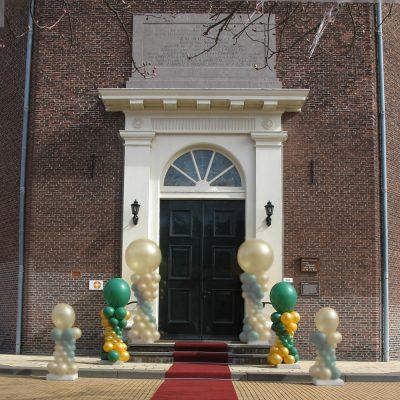 Ballonnendecoratie - Medium ballonnenpilaar met clusters van 5 ballonnen