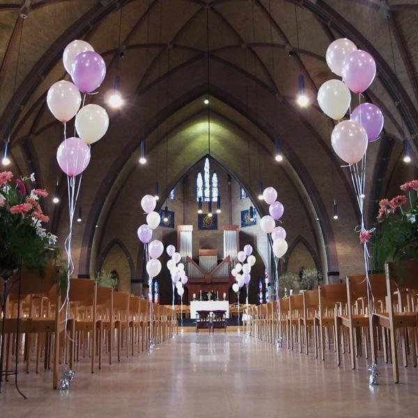 Setjes heliumballonnen voor een huwelijk